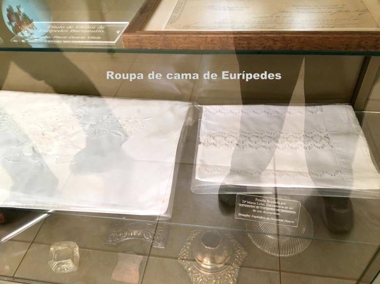 Roupa de cama de Eurípedes1